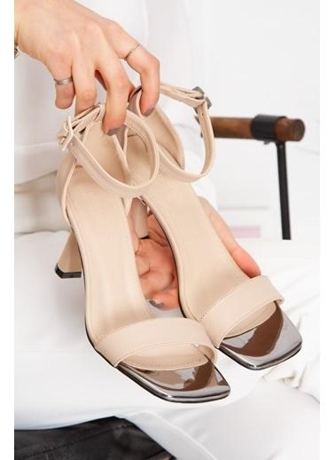 Derithy Ruvınna Topuklu Ayakkabı-Sıyah Süet-Byc1701 Ten